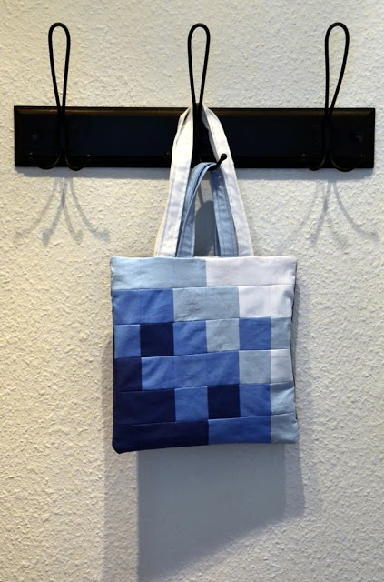 Totebag Pixellated Blues